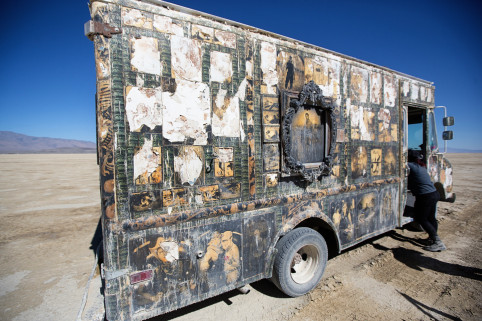 Alas, Mike Garlington's photo van has seen better days. It'll get a new skin in the offseason